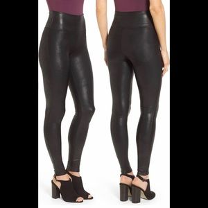 New - Spanx Size XS Faux Leather Leggings Black